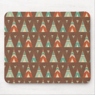 SüdwestenGeo Schritt| aquamarines Teepee-Muster Mousepad