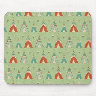 SüdwestGeo-Schritt| grünes Teepee-Muster Mousepad