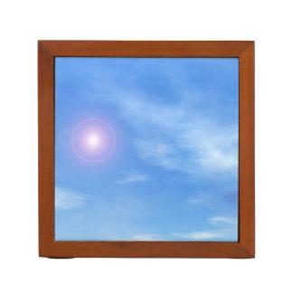 Sun im Himmelhintergrund - 3D übertragen Stifthalter