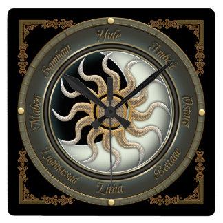 Sun und Mond-heidnische Rad-Wanduhr Quadratische Wanduhr