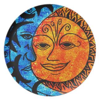 Sun und Mond Teller