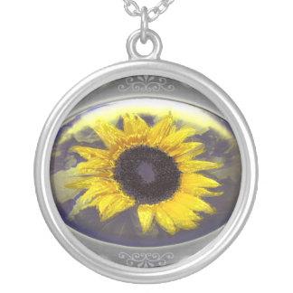 Sunflower Halskette Mit Rundem Anhänger