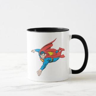 Supermann-Tauchen verlassen Tasse