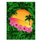 Surfbrett-und Hibiskus-Blumen Postkarte