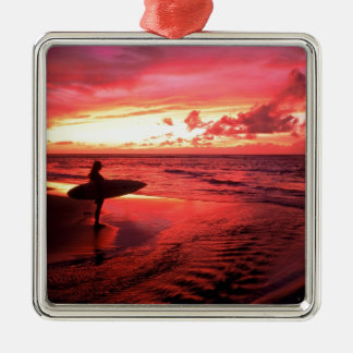 Surfen am Sonnenuntergang Silbernes Ornament