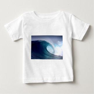 Surfende Welle des blauen Ozeans Baby T-shirt