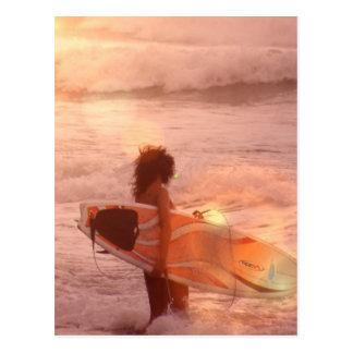 Surfer-Mädchen-Postkarte