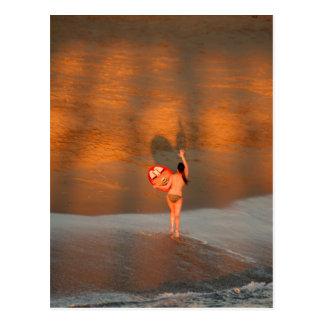 Surfer-Mädchen-Postkarte Postkarte