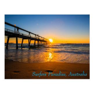 Surfer-Paradies-Anlegestelle an der Postkarte