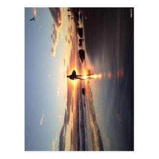 Surfer-Sonnenuntergang-Postkarte Postkarte