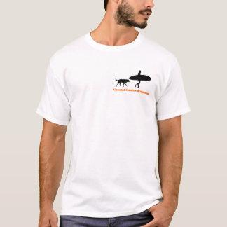 Surfer und Hund in der Farbe T-Shirt