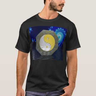 Surreal YinYang mit Fraktal T-Shirt