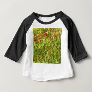 Surreale hypnotische Mohnblumen Baby T-shirt