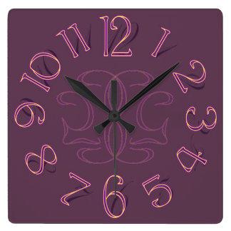 Surreale Nouveau Uhr