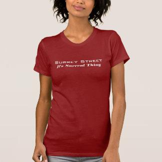 Surrey-Straßen-T - Shirt - es ist Surreal Sache