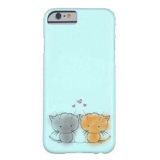 Süße kleine knuddelige Kätzchen orange und grau Barely There iPhone 6 Hülle