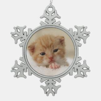 Süße Miezekatze Schneeflocken Zinn-Ornament
