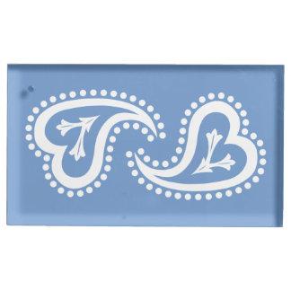 Süße Paisley-Herzen im Singrün-Karten-Stand
