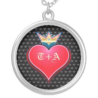 Süßes Kronen-Herz fertigen Initialen-Halskette Halskette Mit Rundem Anhänger