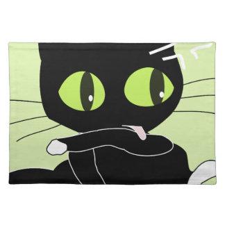 Süßes schwarzes Kätzchen mit den weißen Tatzen Tischset