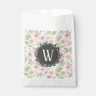 Süßes Weiche farbige Frühlings-Blumen mit Geschenktütchen