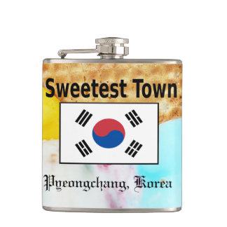 """Süßeste Stadt"" Entwurf - Pyeongchang, Südkorea Flachmann"