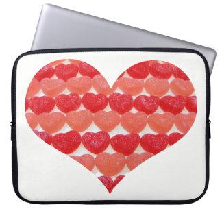 Süßigkeits-Herzen in Folge, Herz geformt Laptopschutzhülle