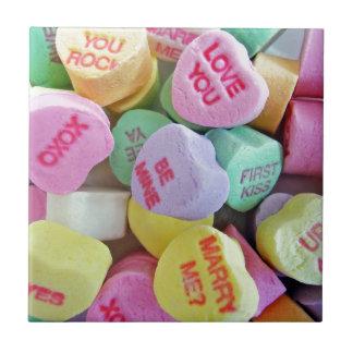 Süßigkeits-Herzen Kleine Quadratische Fliese
