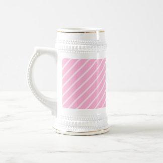 Süßigkeits-rosa diagonales gestreiftes Muster Bierglas