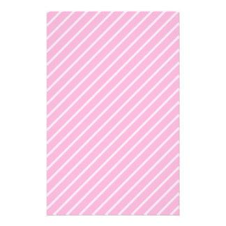 Süßigkeits-rosa diagonales gestreiftes Muster Büropapiere