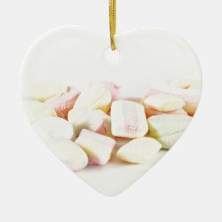 Süßigkeitseibische Keramik Herz-Ornament