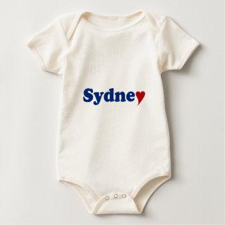Sydney mit Herzen Baby Strampler