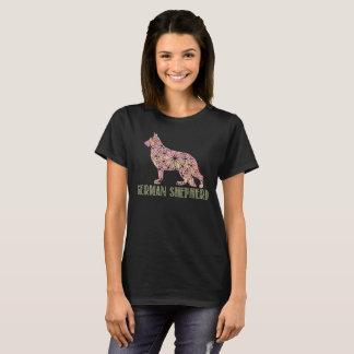 T - Shirt des Mandala-Schäferhund-GSD