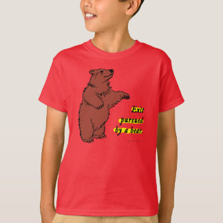 T - Shirt: Nehmen Sie ausgeübt durch einen Bären T-Shirt