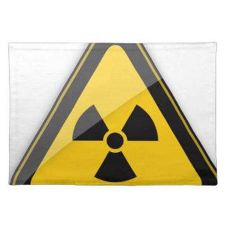 T-Shirt Radiation_Hazard_Warning_ Tischset