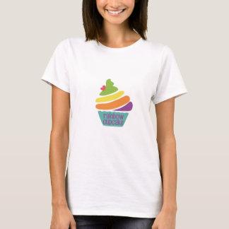 T-Shirt rainbow cupcake