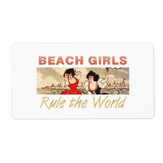 T-STÜCK Strand-Mädchen ordnen die Welt an
