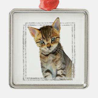 Tabby-Kätzchen-Malerei mit Imitat-Marmorrahmen Silbernes Ornament