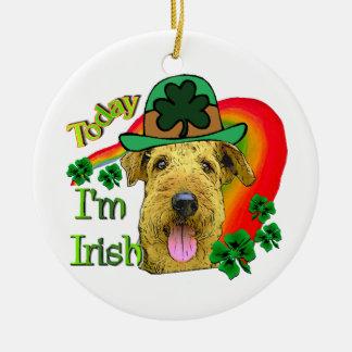 Tag Airedales Terrier St Patrick Rundes Keramik Ornament