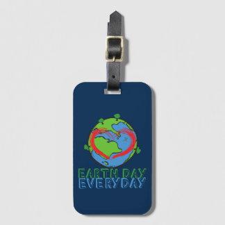 Tag der Erde: Behalten Sie Mutter-Natur-Grün u. Kofferanhänger