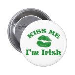Tag St. Pattys küssen mich, den ich irisch bin Runder Button 5,1 Cm