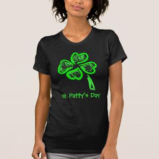 Tag St. Pattys vierblättriges Kleeblatt T-Shirt