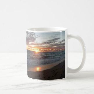 Tagesanbruch am Strand! Kaffeetasse