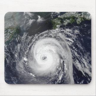 Taifun Sinlaku 2 Mousepad