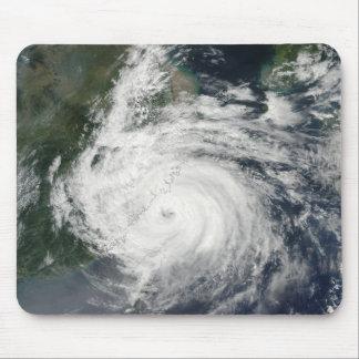 Taifun Sinlaku Mousepads