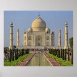 Taj Mahal, ein Mausoleum gelegen in Agra, Indien,  Poster