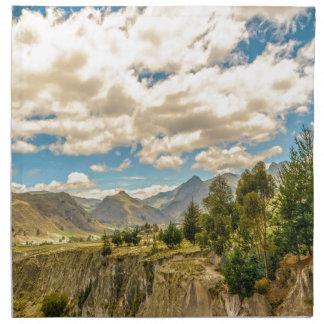 Tal und Anden-Strecken-Berge Latacunga Ecuador Stoffserviette