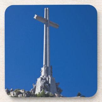 Tal von gefallen, Monument Getränkeuntersetzer
