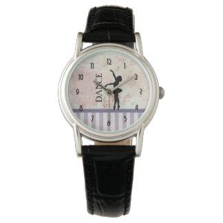 Tanz - Ballerina-Silhouette auf Vintagem Uhr