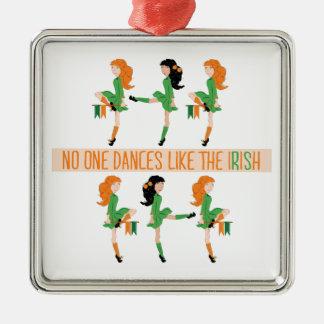 Tanz mögen Iren Quadratisches Silberfarbenes Ornament